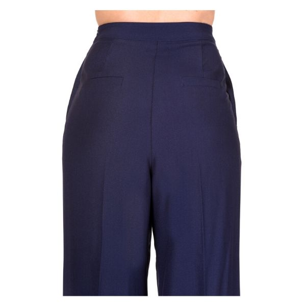 Blose up view of the rear of the navy wide leg trousers