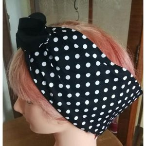 side view blackwhite polks dot contrast black wired hairband