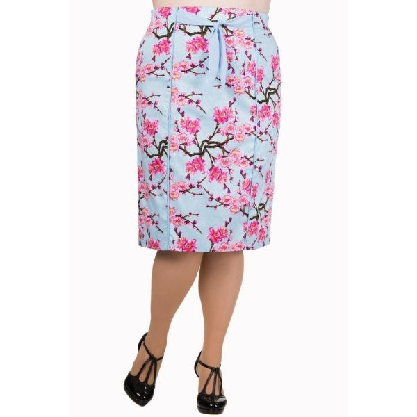 front view of plus model in pink blue blossom pencil skirt